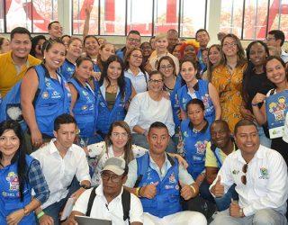 Vallecaucanos reconocen gestión de Gobernadora