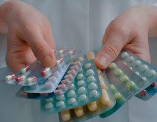 Invima declaró medicamentos para atender el COVID-19 vitales no disponibles