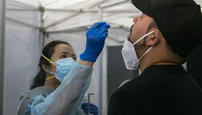 Viajeros que lleguen a Colombia deberán presentar prueba PCR